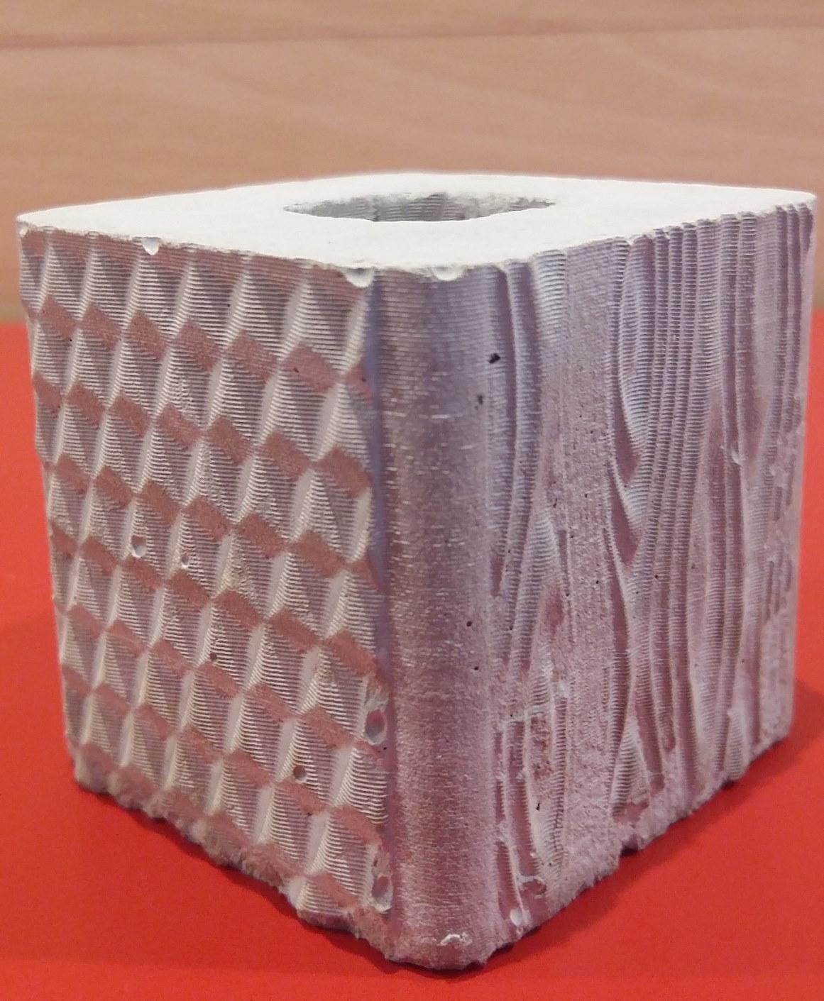 Concerte cube / Dim = 5cmX5cmX5cm